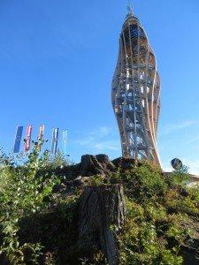 Wunderwerk der Turm in Holzkonstruktion