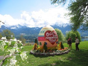 riesen Osterei in Egg am See
