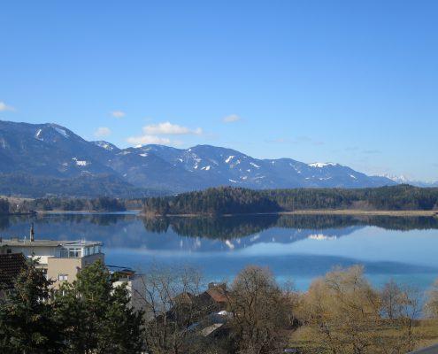 von der SEEHÖHE -Seeblick vom Balkon
