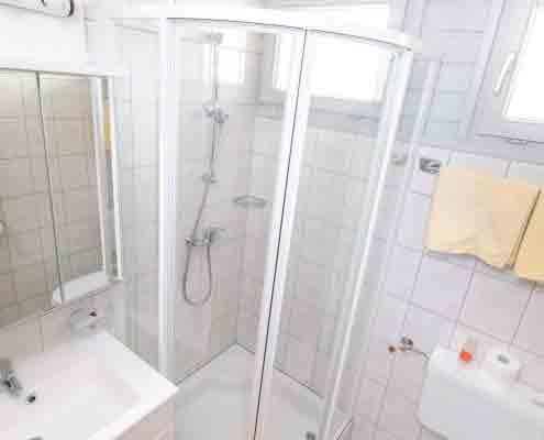 D/WC mit Fenster, freundlich und sauber -